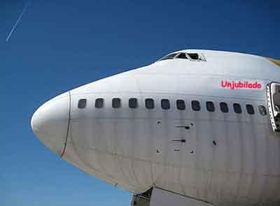 Avión para el desguace