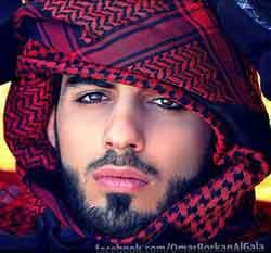 Así es el hombre que Arabia Saudí expulsó por ser demasiado guapo