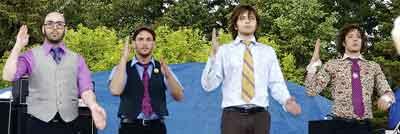 OK Go,grupo de música estadounidense de indie rock originaria de Chicago