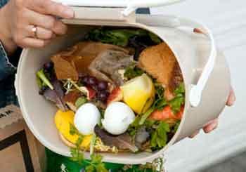 Los restaurantes españoles tiran a la basura 63.000 toneladas de comida al año