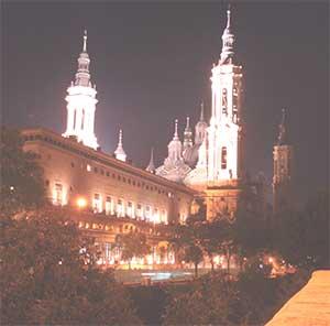 Pilar y Ayuntamiento