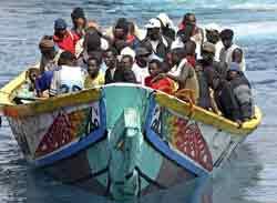 cayuco-navegando