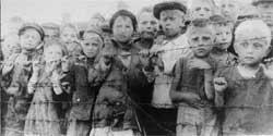 Niños en campos de concentración nazis
