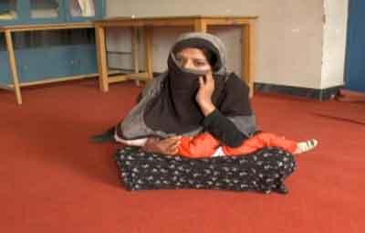 Una mujer afgana, condenada a 12 años de cárcel por ser violada