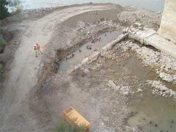 Obras en el Puente de Piedra