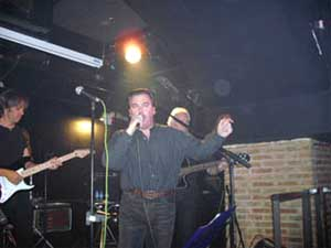 Cantando con Seven