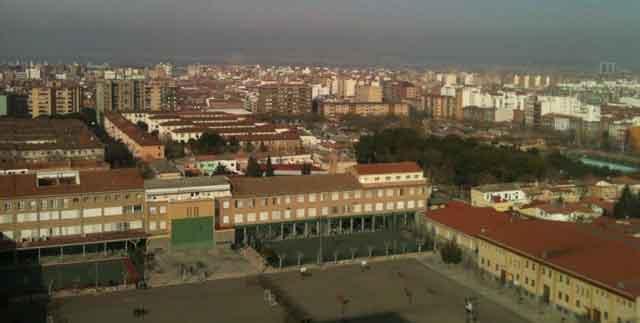 Ciudad Jardin en Zaragoza vista desde un edificio singular.