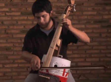 Orquesta de Instrumentos Reciclados de Cateura - Paraguay