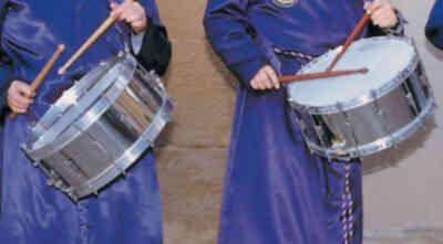 Tocando el tambor