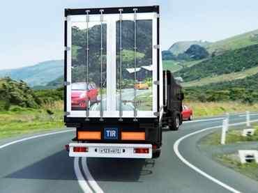 Camiones transparentes para prevenir accidentes