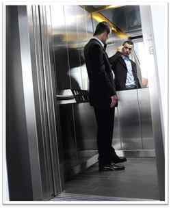 espejo en ascensor
